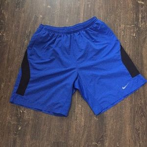 🧵🧵Nike royal blue gym shorts 🧵🧵